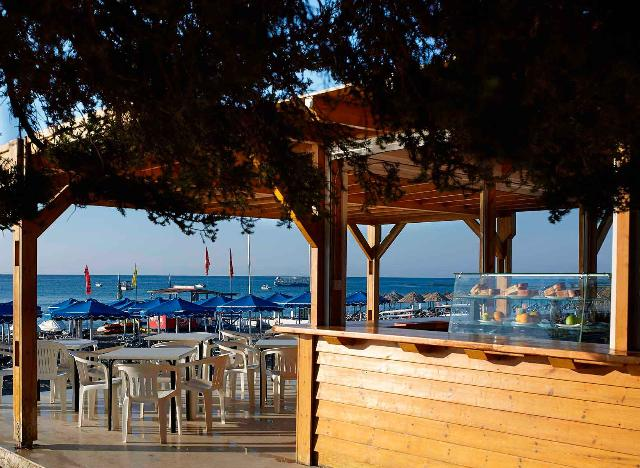 dining-rodos-village-restaurants-mitsis-hotels-13_14-03-2017-151818.jpg